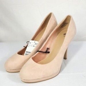 NWT H&M Blush Suede Style Heels Size 8 EU 39 Prom